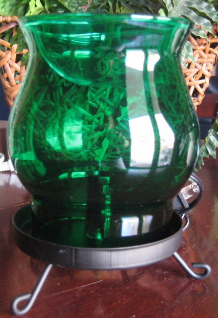 Green Glass Electric Scent Warmer